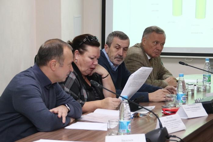 Публичный совет РЭК согласился сповышением транспортных тарифов