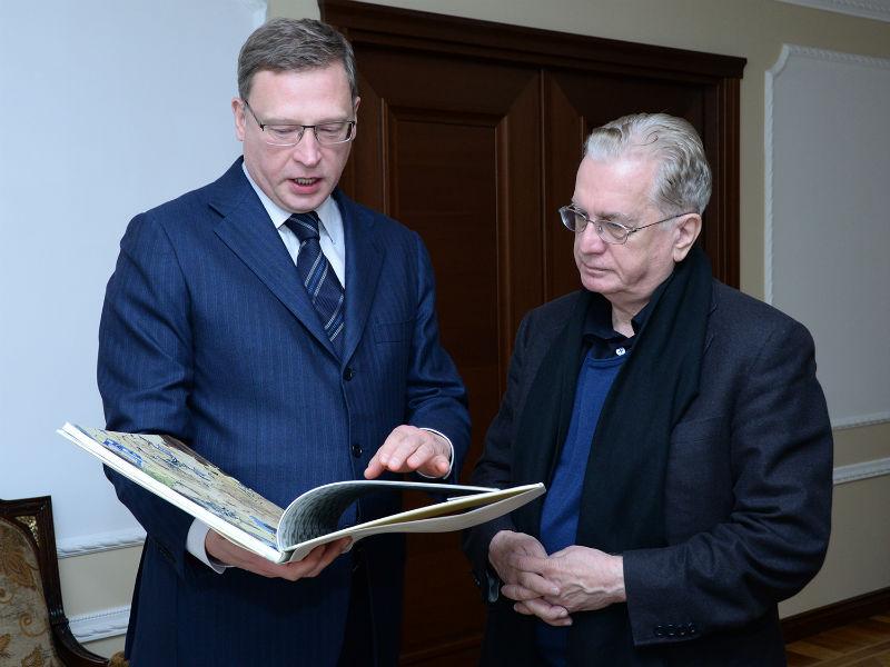 Визит Михаила Пиотровского вОмск начался ссенсации