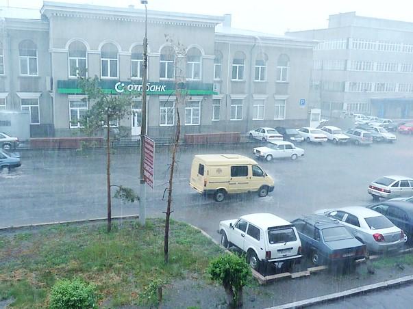 ВОмской области объявлено штормовое предупреждение— реален град