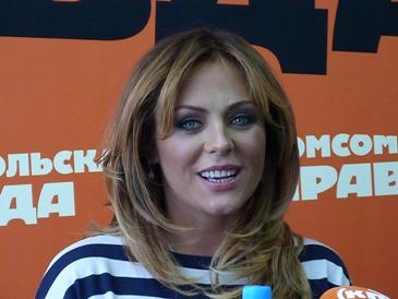 Певица Началова требует вещи с экс-капитана «Авангарда»