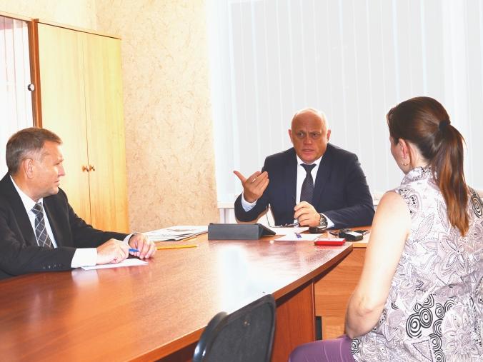 ВОмской области назвали «регулярными слухами» информацию оботставке губернатора