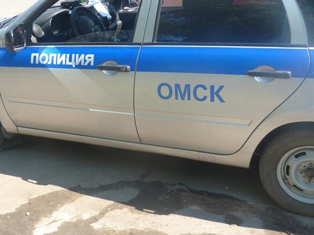 Омич шел домой, никого не трогая, и в итоге остался без телефона #Омск #Происшествия #Криминал