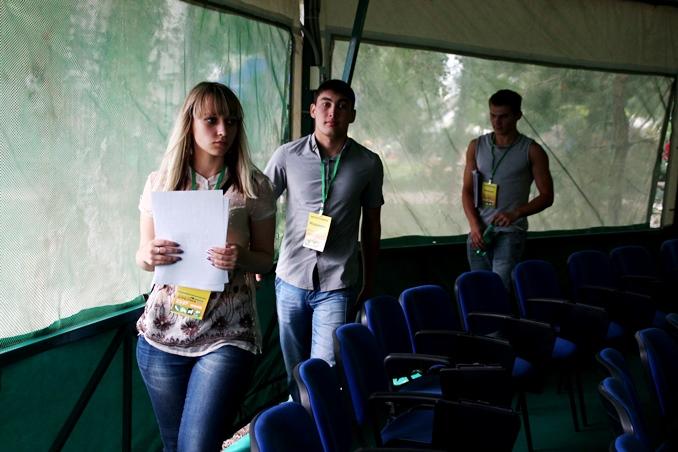 ВОмске 12 волонтеров приехали в столицу Российской Федерации навстречу сПутиным