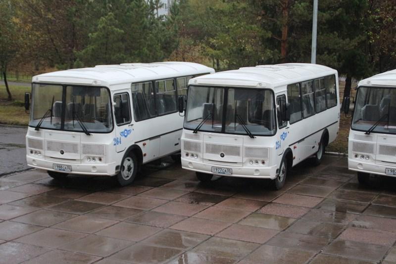 «Омскоблавтотранс» начем-то сэкономил икупил 11 автобусов