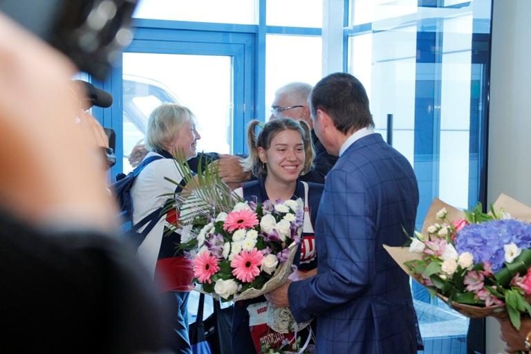 Олимпийская чемпионка изОмска Виталина Бацарашкина возвращается домой