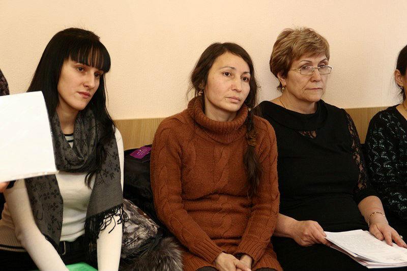Омичке хотят вернуть четверых детей, которых у нее забрали из-за бедности