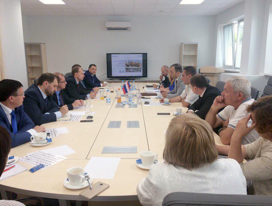 Владимир Компанейщиков прибыл вМинск всоставе делегации изОмска