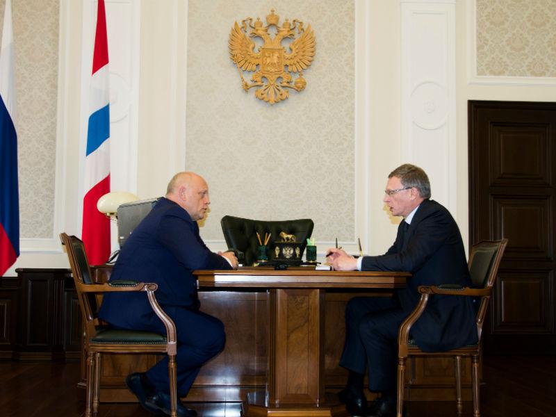 Назаров иБурков обсудили выполнение майских указов вОмской области