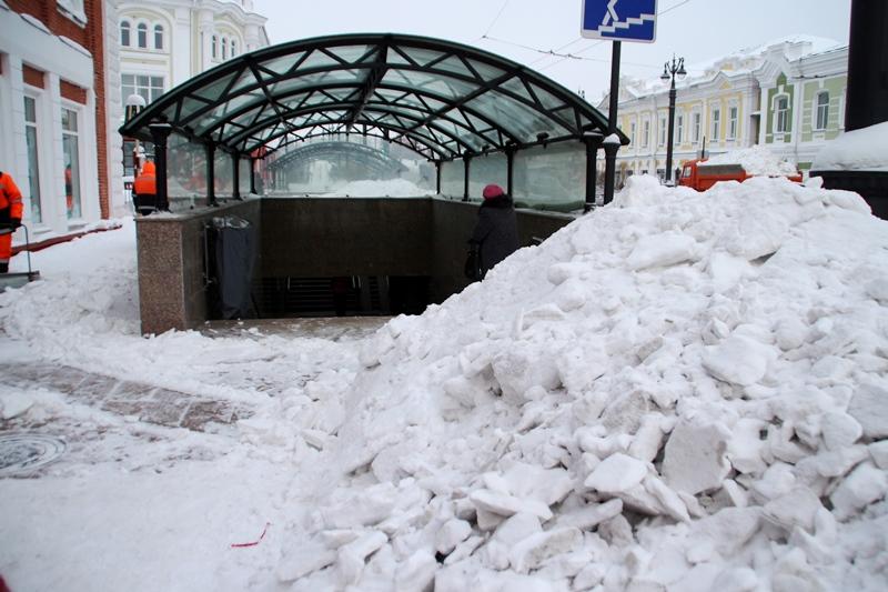 В Омске изобрели уникальный способ очистки пешеходных переходов от снега [ФОТО]