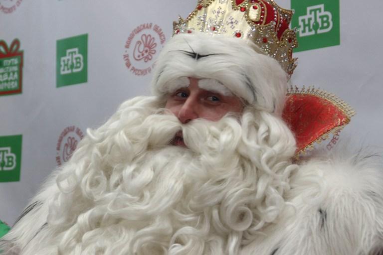 Омичам рассказали, как отличить настоящего Деда Мороза от «фейкового»