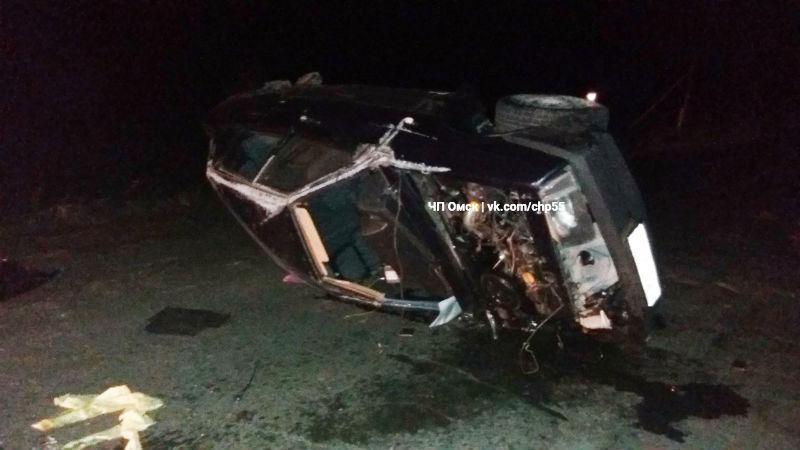 Наавтомобильной трассе вОмской области столкнулись две легковушки