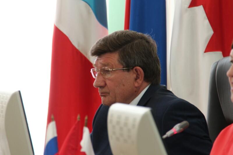 Мэр Омска Вячеслав Двораковский объявил, что уходит вотставку