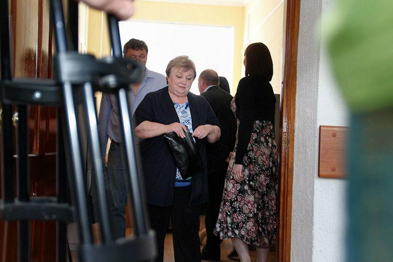 Судья не стала возвращать дело Фоминой и Илюшина прокурору