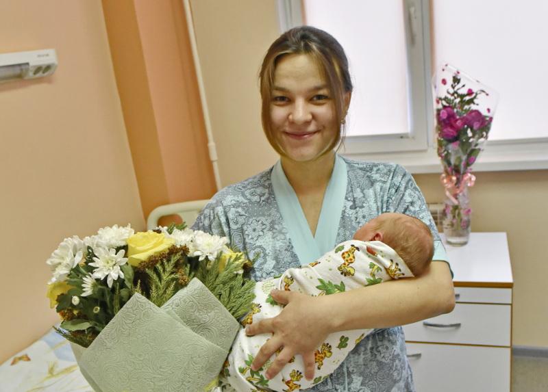 ВОмской области пособия запервого ребёнка получили всего восемь семей