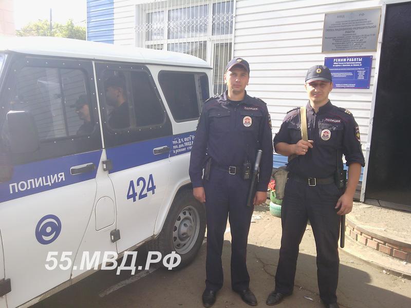 Жители Одесского всем селом спасали тонущих детей #Происшествия #Омск