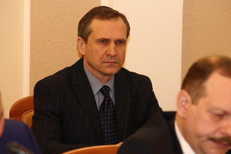 Омские депутаты вновь отменили солидные пенсии экс-чиновникам  #Омск #Политика #Сегодня