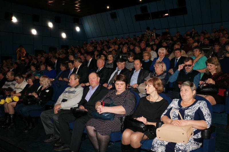 ВЛюбино Омской области открылся 3D-кинотеатр