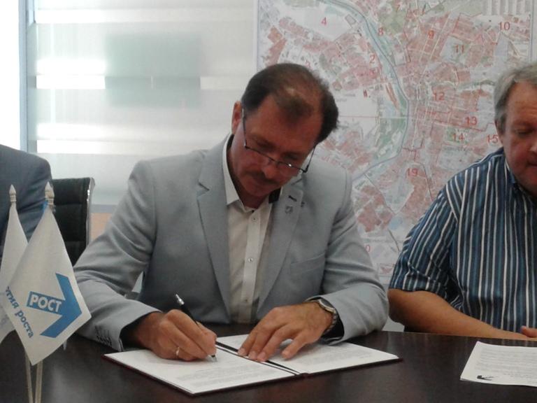 Кручинский поведет «Партию роста» на штурм Омского горсовета
