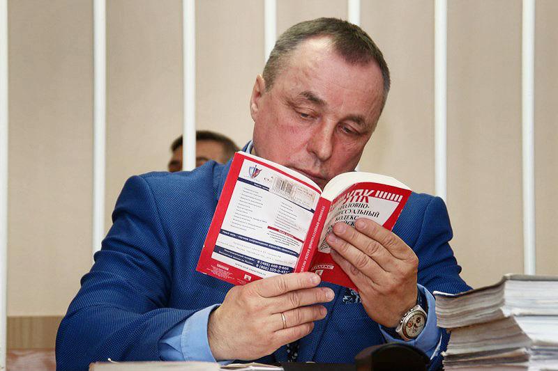 Любушкин требует немедленно привести Меренкова всуд