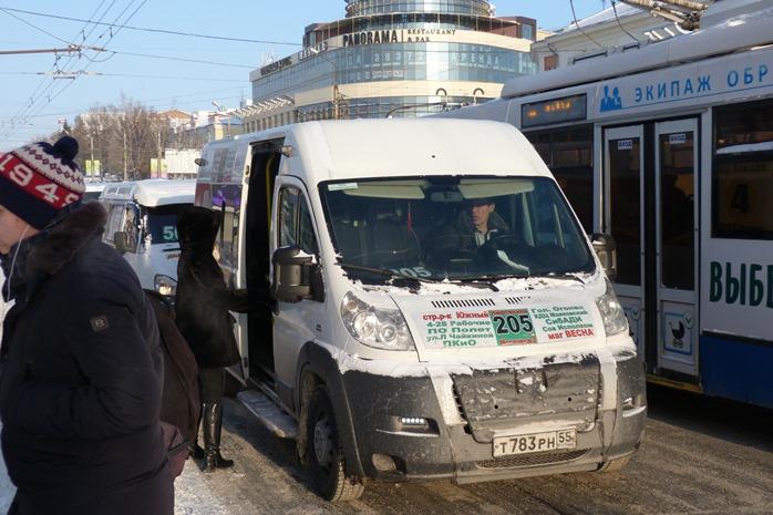 Омич создал петицию с требованием вернуть отмененные маршрутки