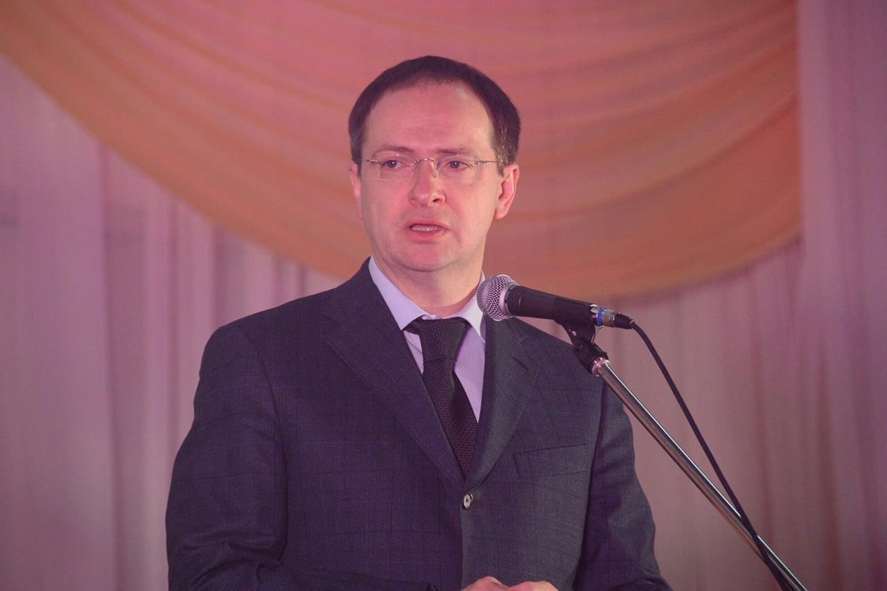 Владимир Мединский откроет вОмской области Дом культуры вЧернолучье