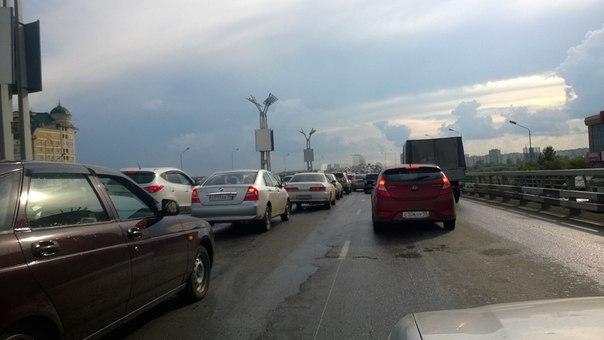В пятницу вечером из-за аварии «встал» метромост #Новости #Общество #Омск