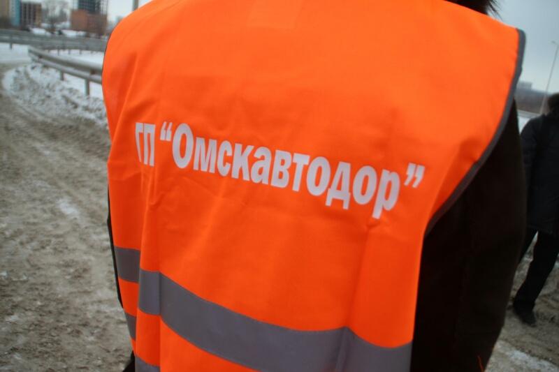Сельские ДРСУ начали вывозить снег изОмска #Омск #Общество #Сегодня