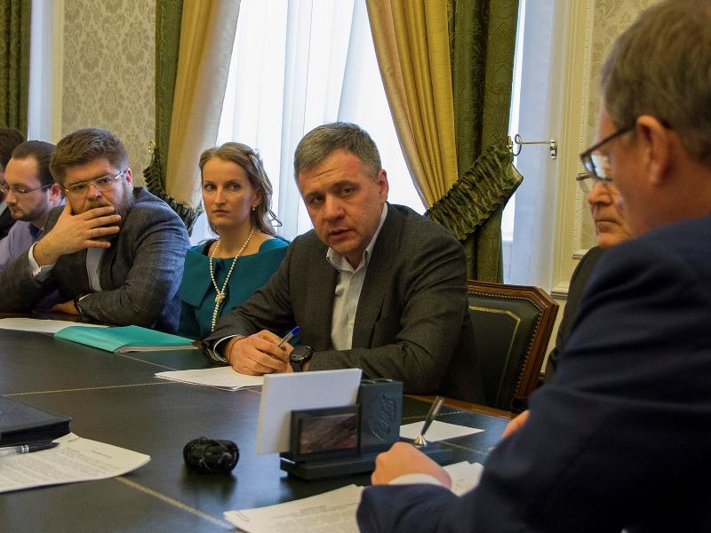 Бурков выбивал в столице дополнительные деньги для Омской области