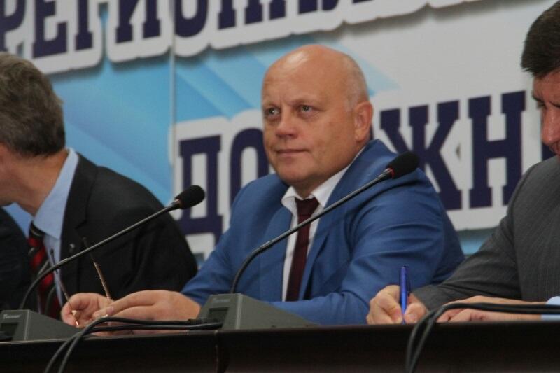 Виктор Назаров озвучил сумму на ремонт дорог в Омской области