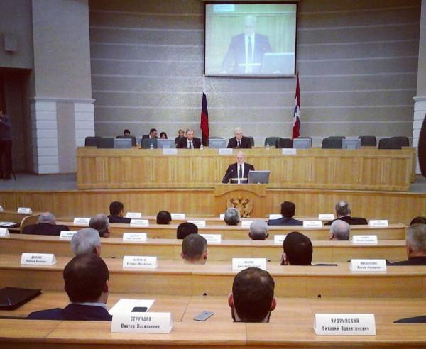 Омская область планирует получать надороги по1 миллиарду руб. каждый год