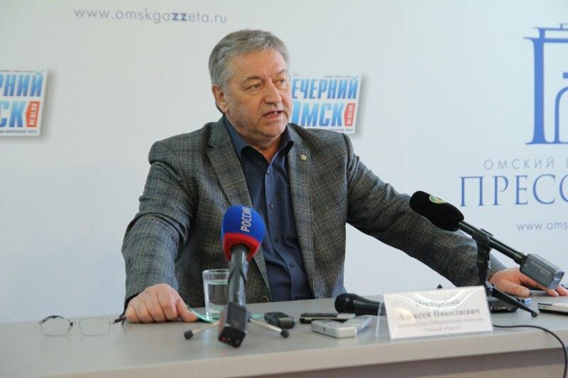 Глава Омского избиркома поддерживает снятие Навального с выборов