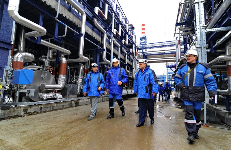 «Газпром нефть» начала выпускать новое судовое экотопливо по русской технологии