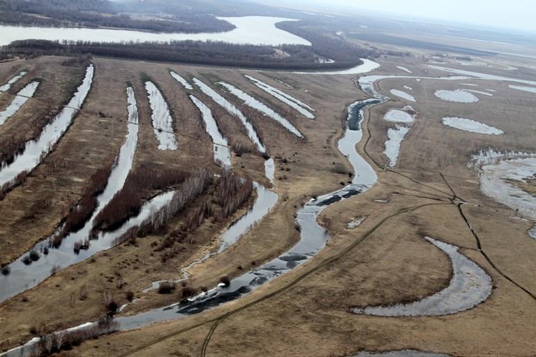 Паводком до сих пор затоплены 11 районов Омской области