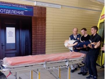 Омичи тренируются на манекенах оказывать помощь в ДТП  #Омск #Общество #Сегодня