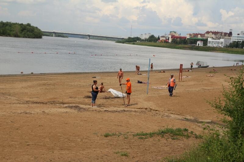 Омич спас из реки дочь, но не смог вытащить племянницу #Омск #Происшествия #Криминал