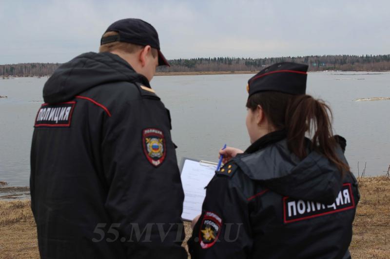 Пропавшего в Омске подростка с разными глазами нашли в общежитии