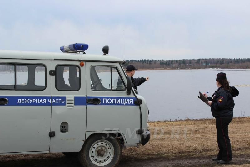 7aea3d5cf06a Омский подросток угнал машину у своей соседки  Происшествия  Омск  Сегодня