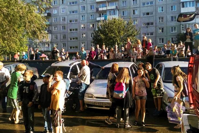 ВКировском округе Омска загорелась 9-этажка