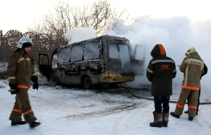 ВОмске сгорела пассажирская маршрутка