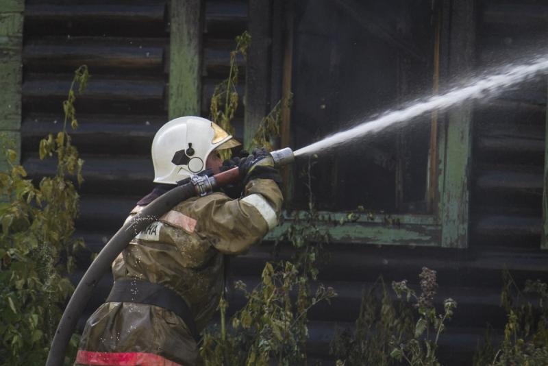 Семья из 3-х человек погибла напожаре вОмске