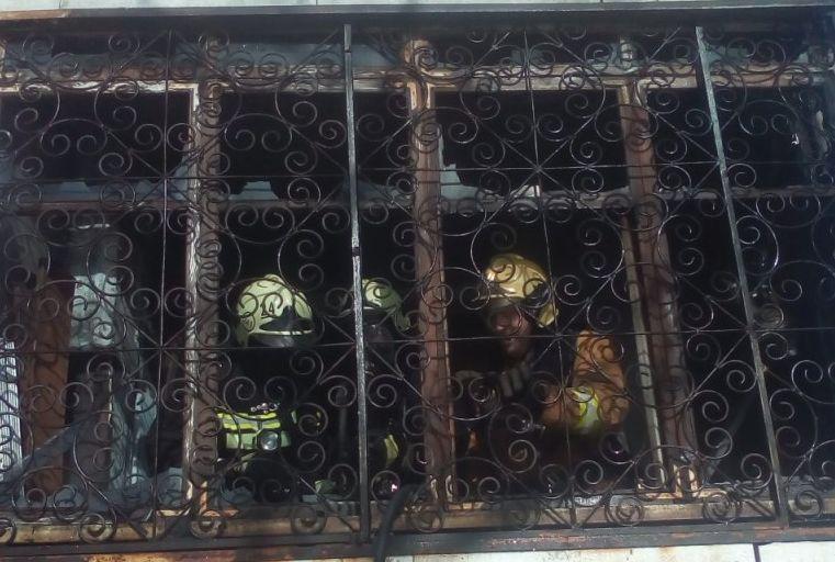 ВОмске спасли 6 детей изгорящей квартиры