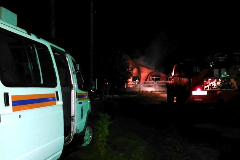 6beb7a5f58d8 Отец погибших в Калачинске детей убрал из зала пожарные извещатели   Происшествия  Омск
