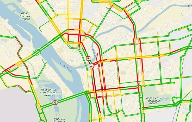 Из-за ДТП полностью заблокировано движение в центре Омска