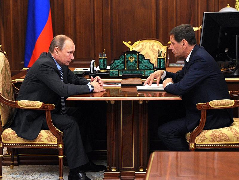 Путин обсудил сЖуковым перспективы развития спорта вгосударстве