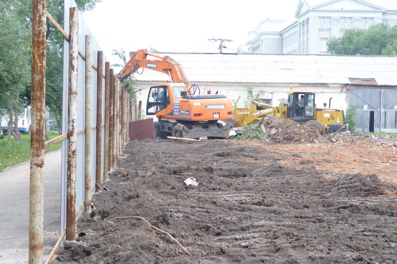 Генпрокуратура требует снести сооружение вОмске, пока оно само нерухнуло