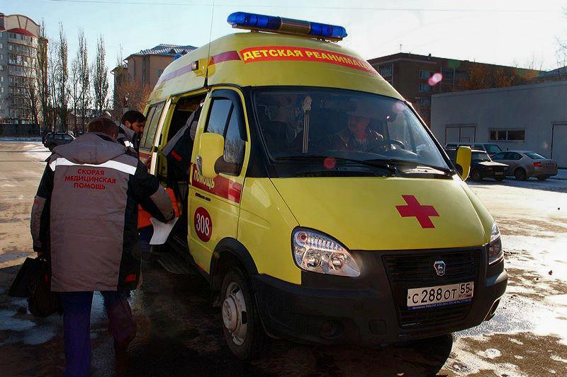 На окраине Омска сбили мальчика, перебегавшего дорогу