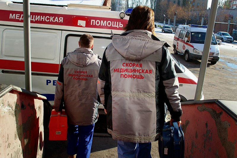 Под Омском перевернулась «Тойота»: 3 человека в больнице