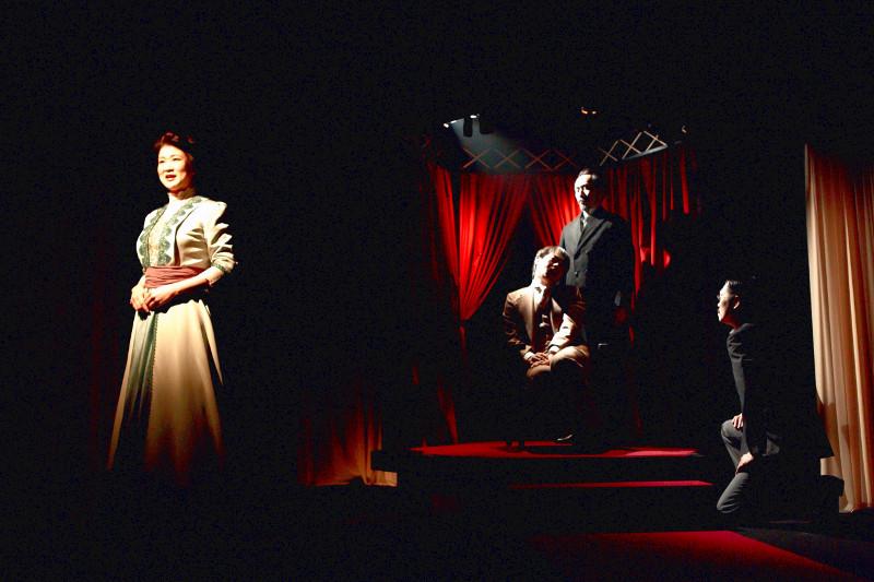 ИзТокио приедет нагастроли вОмск японский театр «Шоколадный торт»