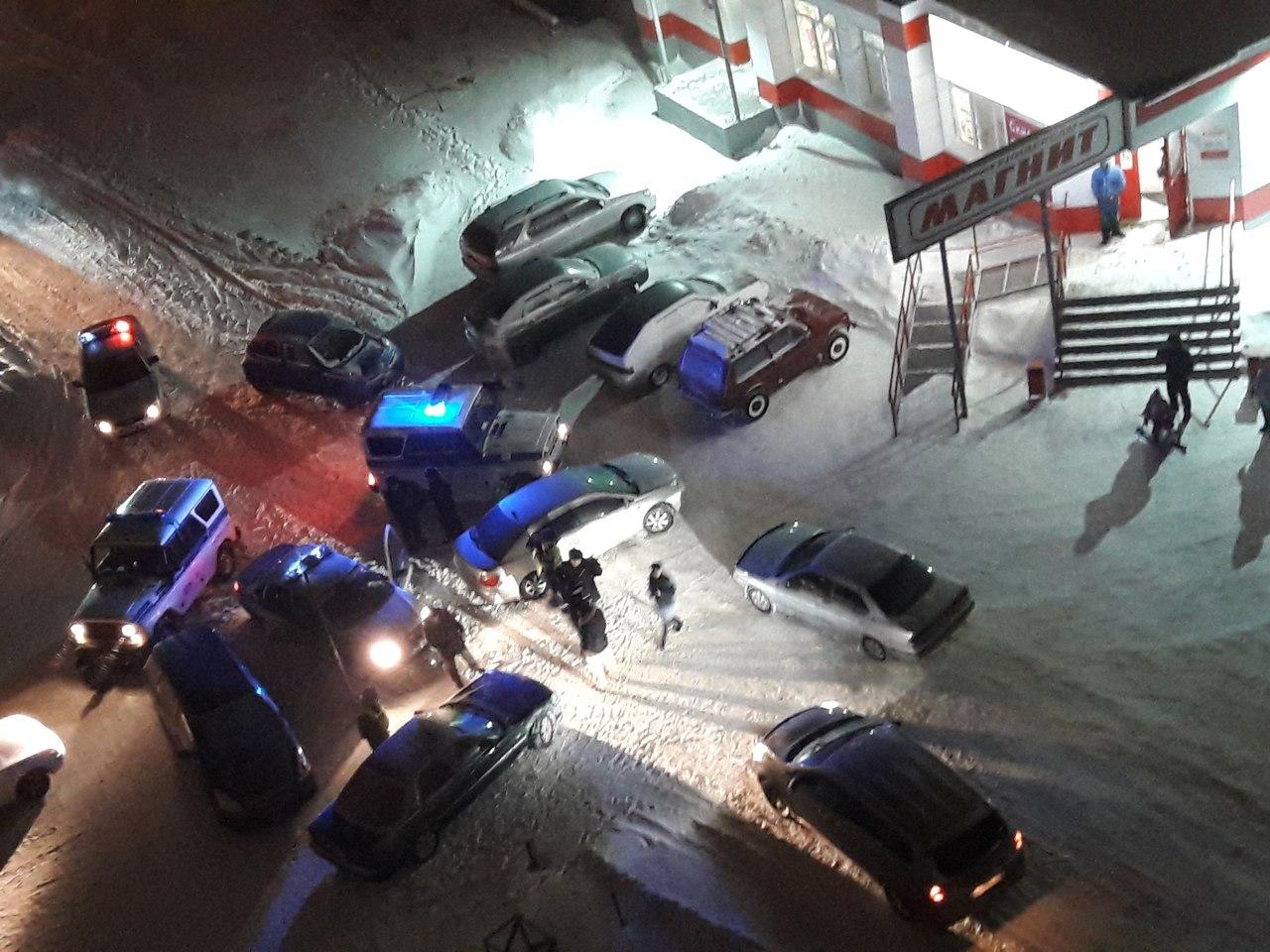 В полиции о «стрелке» таксистов на окраине Омска [ФОТО]
