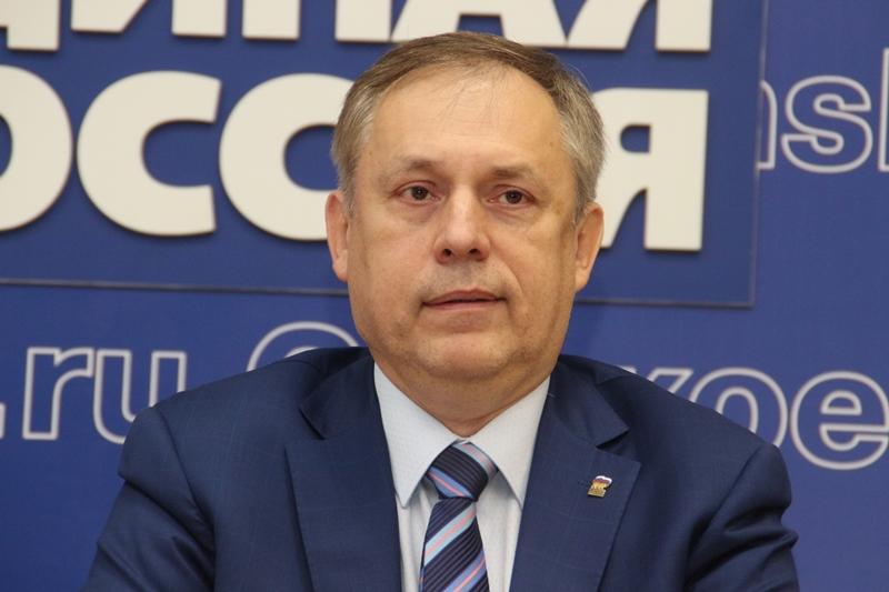 Выборы депутатов: омские единороссы вновь стали худшими в Российской Федерации
